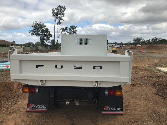 2020 Fuso Fighter TIPPER White