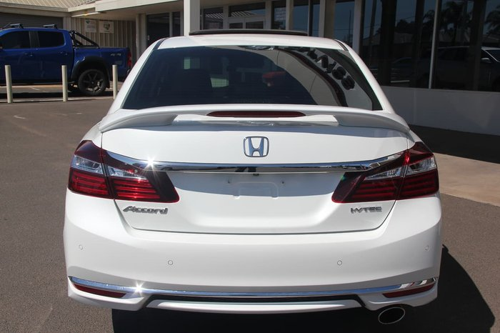 2017 Honda Accord VTi-L 9th Gen MY16 White