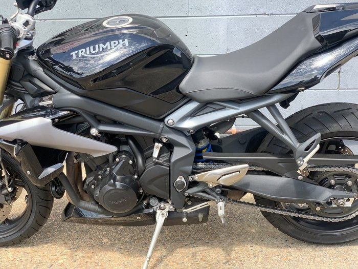 2015 Triumph STREET TRIPLE 660 Black