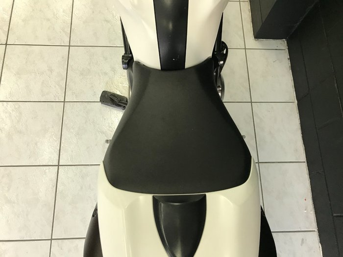 2011 DUCATI MONSTER 659 (ABS) White