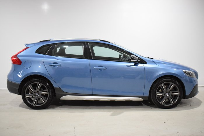 2015 Volvo V40 Cross Country T5 Luxury MY16 Four Wheel Drive Blue