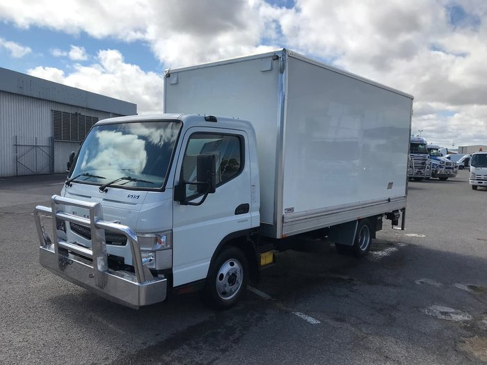 2016 FUSO CANTER FEB21 White