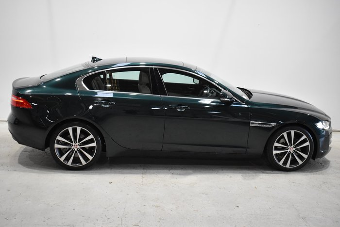 2016 Jaguar XE 20t Prestige X760 MY17 British Racing Green