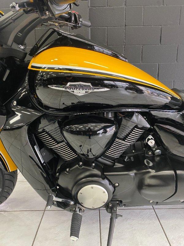 2013 SUZUKI VZR 1800 BOULEVARD (M109R) SE Yellow