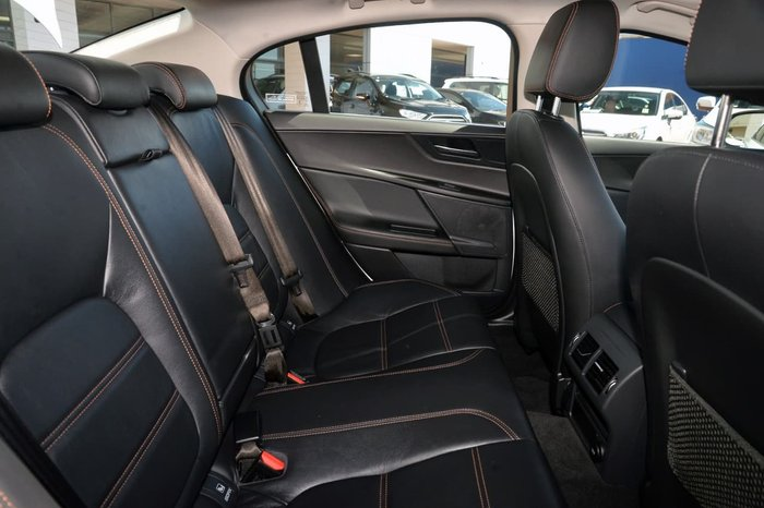 2016 Jaguar XE 20d Prestige X760 MY16 White