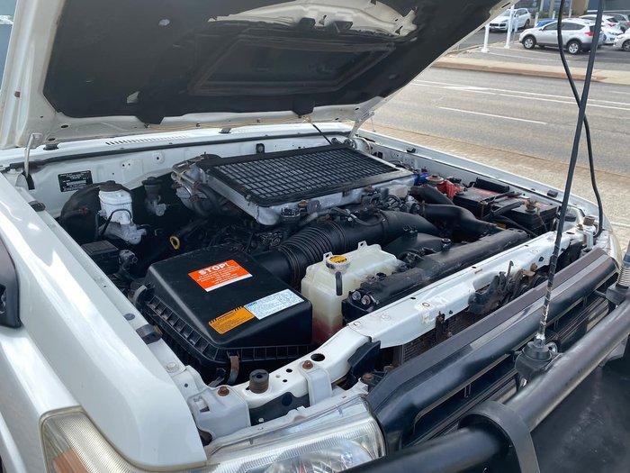 2011 Toyota Landcruiser Workmate Troopcarrier VDJ78R MY10 4X4 Dual Range White