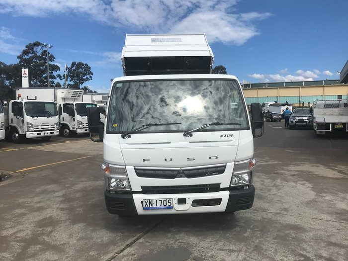 2016 FUSO CANTER 715 WHITE