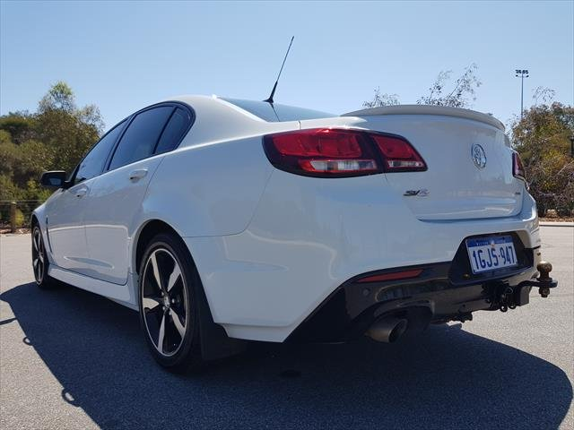 2017 Holden Commodore SV6 VF Series II MY17 heron white