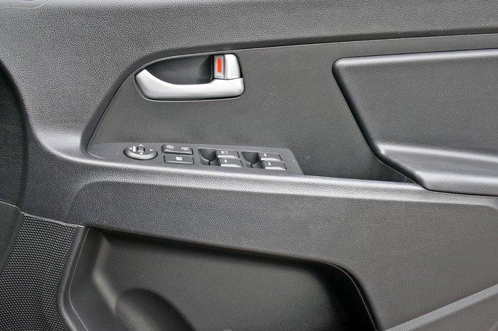 2011 Kia Sportage Si SL White