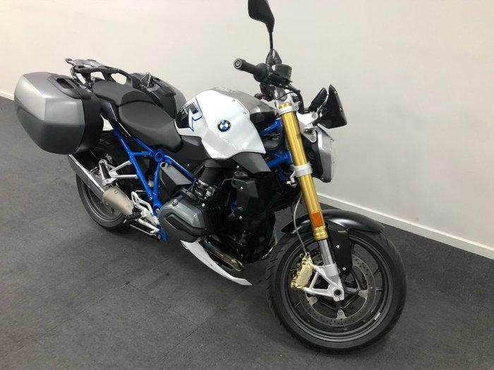 2017 BMW R1200R White
