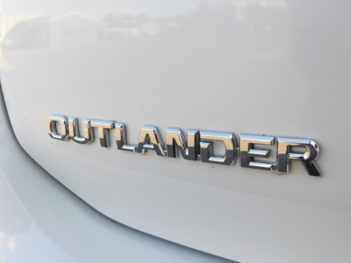 2019 Mitsubishi Outlander ES ZL MY19 Starlight