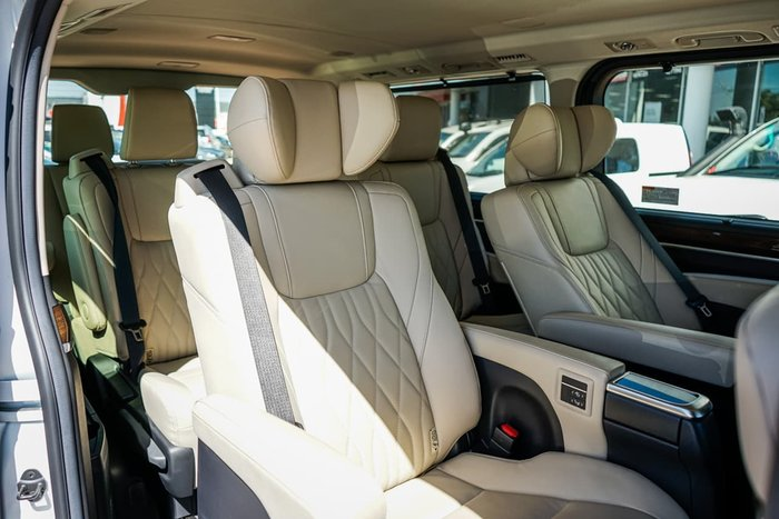 2019 Toyota Granvia VX GDH303R White
