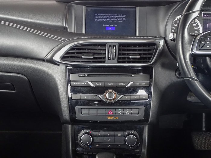 2017 INFINITI Q30 GT H15 Black