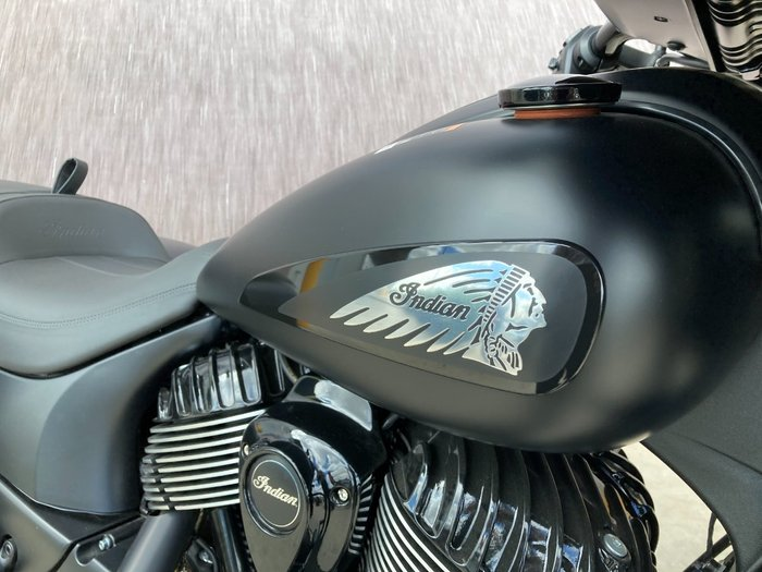 2020 Indian CHIEFTAIN DARK HORSE BLACK Black Smoke
