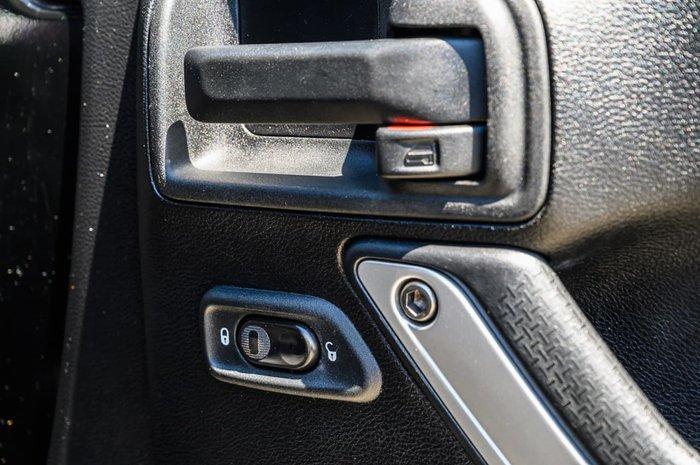 2013 Jeep Wrangler Rubicon JK MY13 4X4 Black