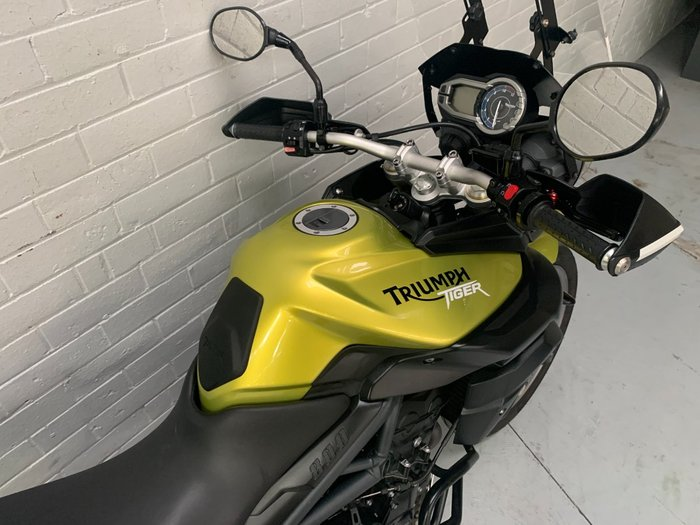 2012 Triumph TIGER 800 Yellow