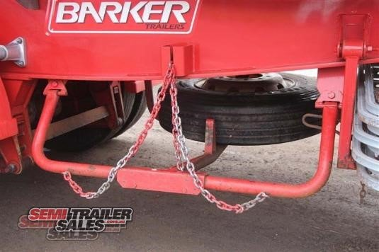 2011 Barker Semi Drop Deck with Ramps