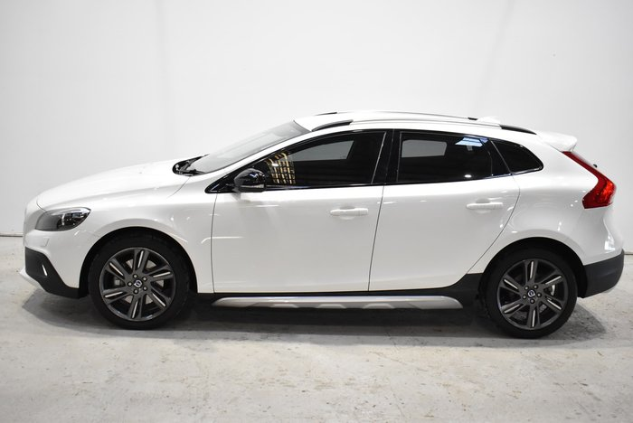 2014 Volvo V40 Cross Country T5 Luxury MY14 Four Wheel Drive White