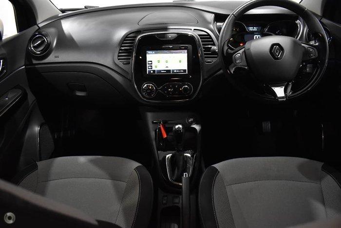2017 Renault Captur Zen J87 Black