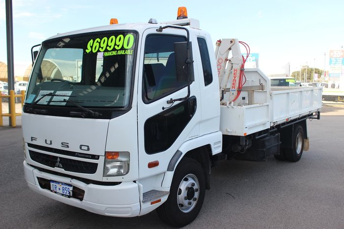 2010 MITSUBISHI FIGHTER 4X2 TIPPER WHITE