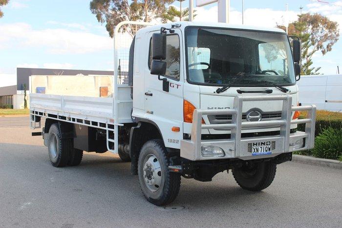 2012 HINO 500 SERIES GT 4X4 1322 WHITE