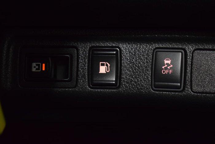 2019 Nissan Navara RX D23 Series 3 4X4 Dual Range White