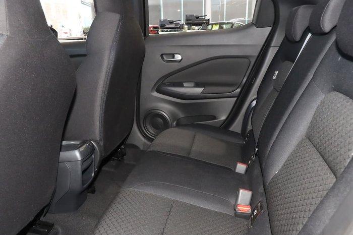 2020 Nissan JUKE ST+ F16 Pearl Black