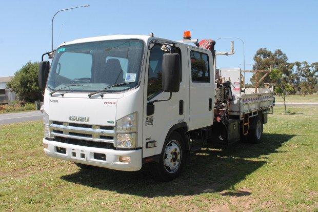 0 Isuzu NQR450 Crew Cab Tipper with Crane White