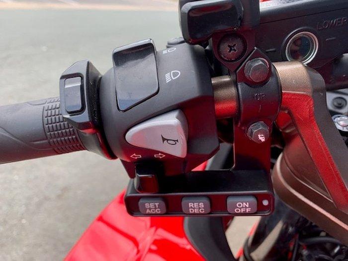 2014 HONDA VFR800F Red