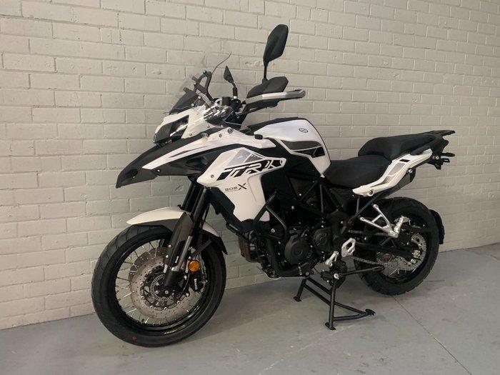 2021 Benelli 2021 Benelli 500CC TRK 502X (ABS) Road White