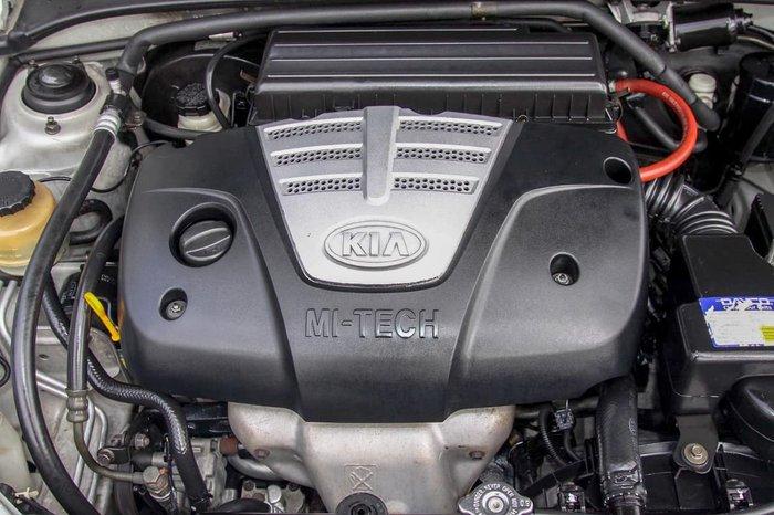 2004 Kia Rio LS MY04 Silver