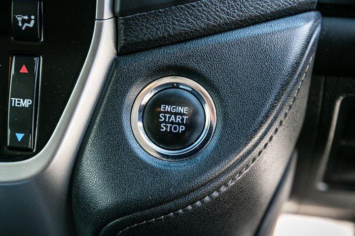 2017 Toyota Landcruiser GXL VDJ200R 4X4 Dual Range Silver