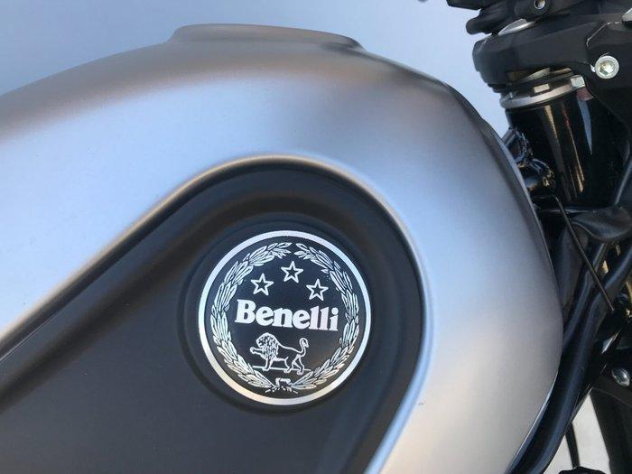2018 Benelli LEONCINO (ABS) Silver
