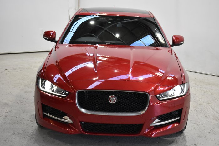 2016 Jaguar XE 20t R-Sport X760 MY17 Red