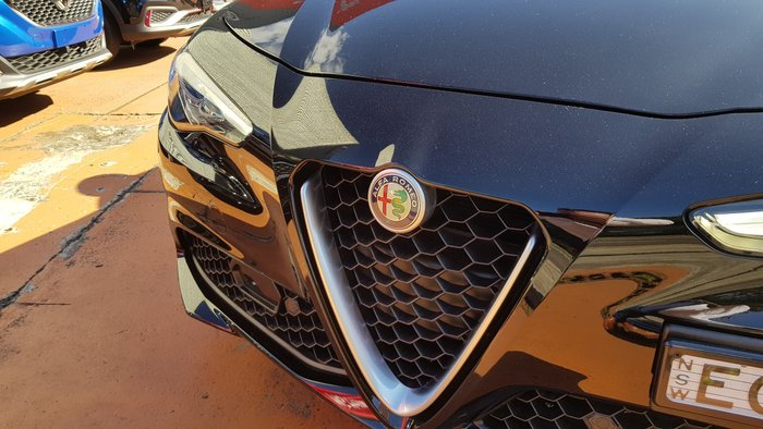2017 Alfa Romeo Giulia Super Alfa Black