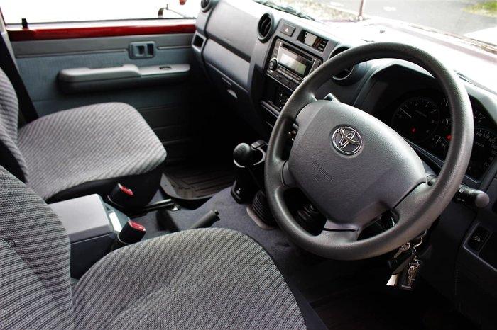 2017 Toyota Landcruiser GXL VDJ79R 4X4 Dual Range Red