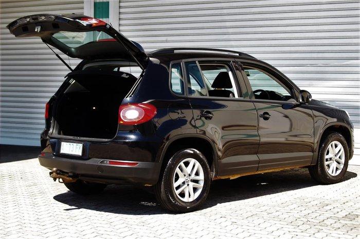 2008 Volkswagen Tiguan 103TDI 5N Four Wheel Drive Black