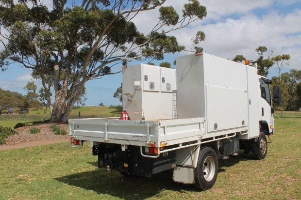 2013 Isuzu NPS300 4x4 Service Body Low Kms White