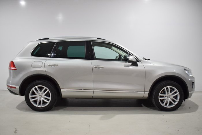 2017 Volkswagen Touareg 150TDI Element 7P MY17 Four Wheel Drive Silver