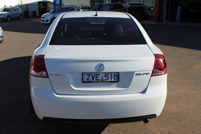 2010 Holden Commodore Omega VE MY10 White