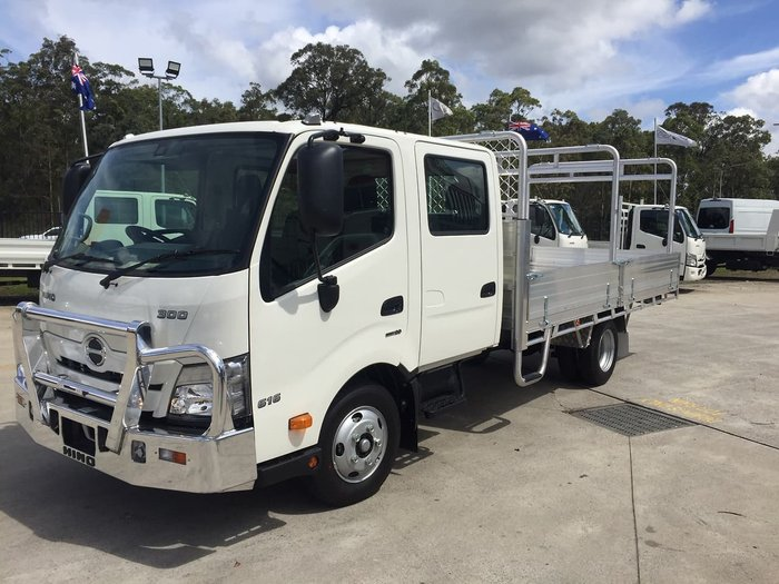 2020 HINO 616 AT 3870 WIDE CREW TRADE ACE White