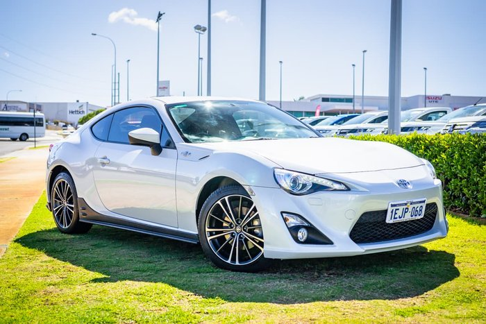 2013 Toyota 86 GTS ZN6 MY14 White