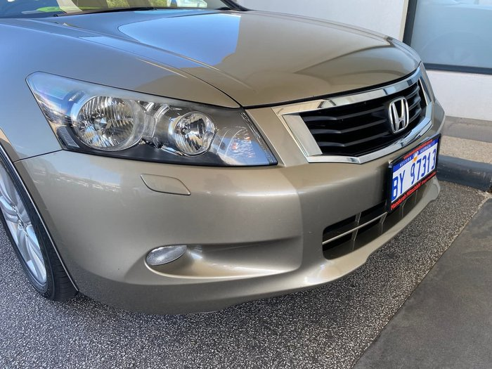 2009 Honda Accord V6 Luxury 8th Gen Gold