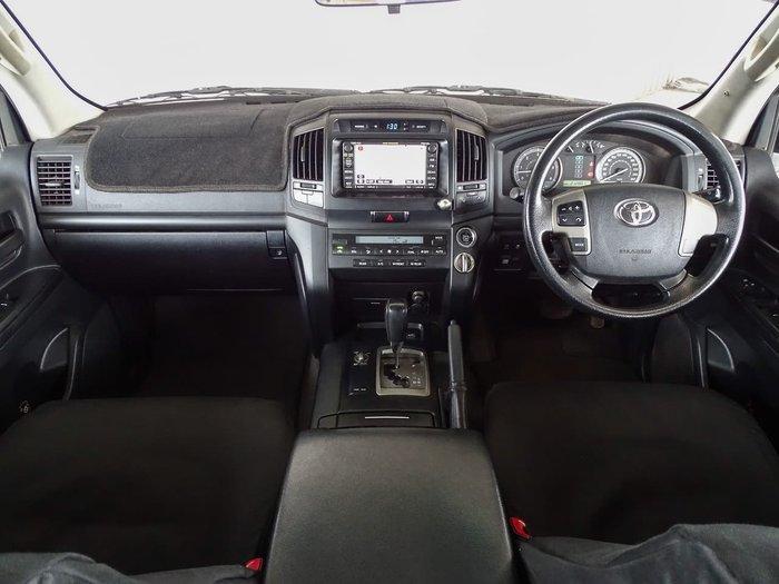 2009 Toyota Landcruiser GXL VDJ200R 4X4 Constant Red