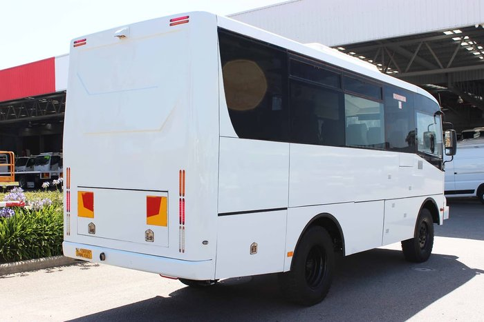 2015 IBUS ISUZU 4X4 BUS WHITE