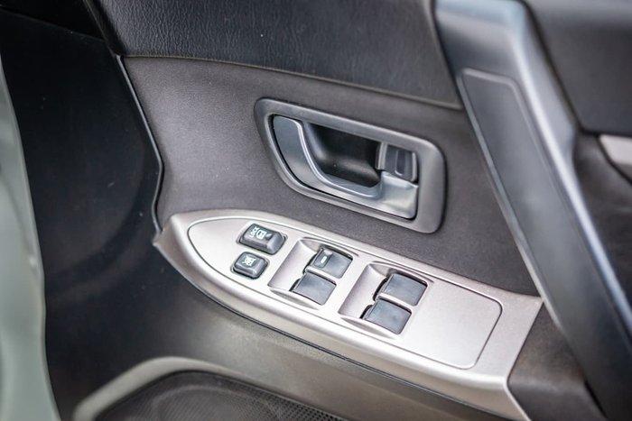 2011 Mitsubishi Pajero GL NW MY12 4X4 White