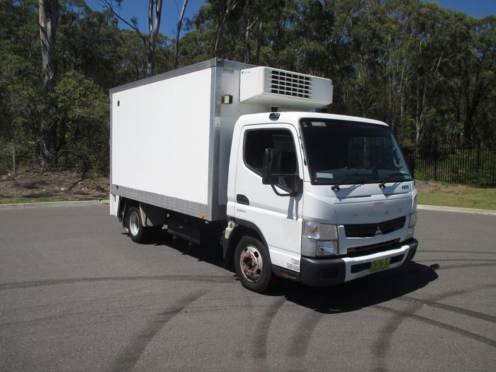 2016 FUSO CANTER White