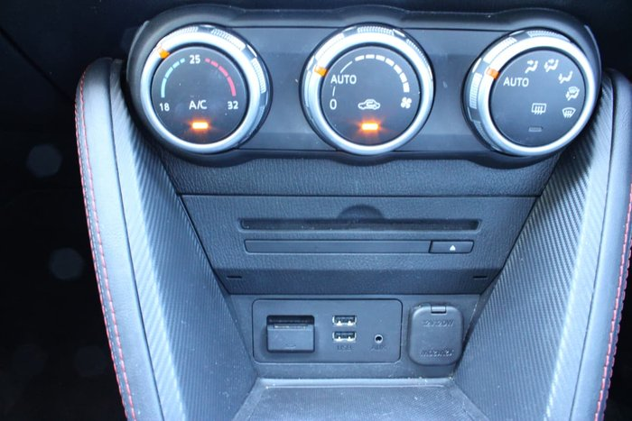 2014 Mazda 2 Genki DJ Series Red