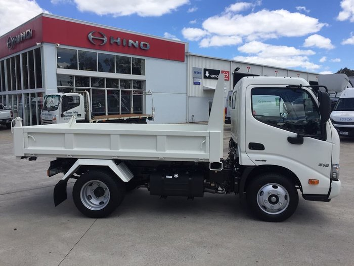 2020 HINO 616 AT 2525 STD TIPPER White