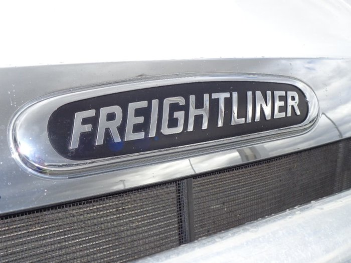 2020 FREIGHTLINER CASCADIA WHITE